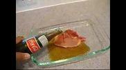 Какво Става Когато Залеем Сурово Свинско Месо С Кока - Кола