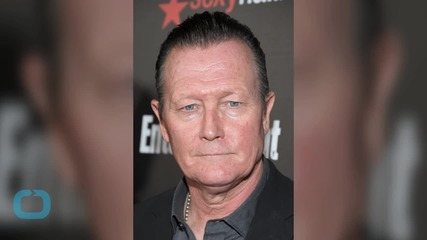 Robert Patrick -- Juror T-1000 ... On Gang Murder Trial