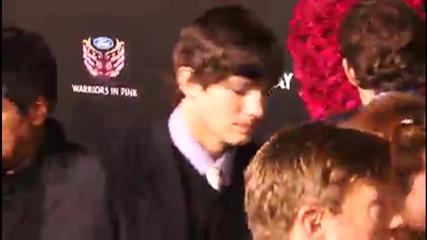 Ashton Kutcher's Public Plea for Diaper Changers in Men's Rooms