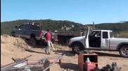 Ето как не се тегли кола - от трън та на глог !
