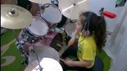 5 годишен барабанист забива страхотно парче на System of a down !