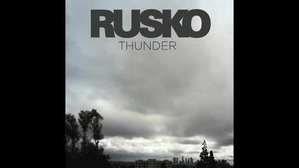 Спиращ дъха Дъбстеп ! Rusko - Thunder (tantrum Desire Remix)