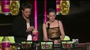Rob And Kristen win the Best Kiss Award - 2010 Mtv Movie Awards
