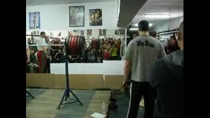 Kрум Крумов - клек с 300 кг (14.03.2010)