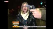 Репортерка остава желязна , докато и размахват пистолет пред лицето !