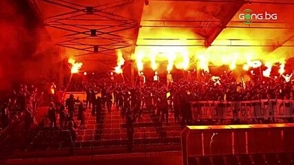 Феновете на Черно море почетоха Никола Спасов с огнено зрелище