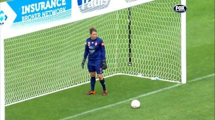 Футболистка заби гола на сезона в женската лига