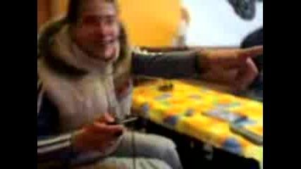 Емо И Красьо Се Побъркват На Playstation2