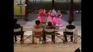 Момичетата От Flamenco Poropompero