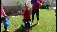 Анелия прие ледената кофа - ice bucket challenge