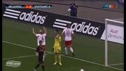Нова футболна тактика ! Двама в защита, осем в нападение и .. гол !