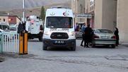 18 убити и 27 ранени при взрив на кола-бомба в югоизточна турска провинция Хакяри