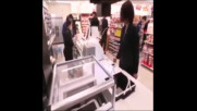 Как клиенти вече пазаруват в японските супермаркети?