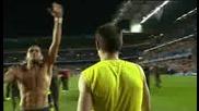 Дрогба откача и налита да бие норвежкия съдия на мача с Барселона в Шл