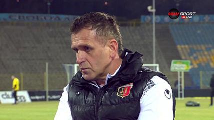 Акрапович доволен от точката, атакува и Райков