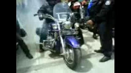 Рокери Се Базикат С Полицаи В Каварна