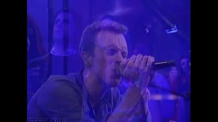 Песен на Coldplay е най-големият хит на Острова