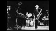 Gerry Mulligan - The Shadow Of Your Smile