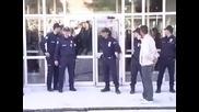 Не всеки полицай влиза като по филмите