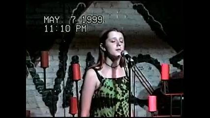Amy Lee - Vino s Bar, Little Rock (07 - 05 - 99)