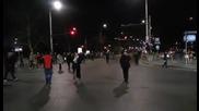 Протестиращите стигнаха Орлов мост