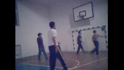 Баскетболно Клипче
