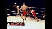 Константин Глухов с точен удар с крак нокаутира съперника си !