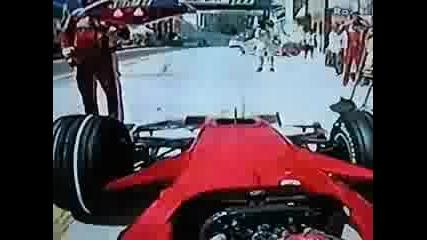 Формула 1 - Райконен Пребива Един От Механиц