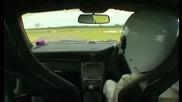 Nissan GT-R R35 Срещу Porsche 911(997) GT2 - Обиколките На Австралийския Стиг