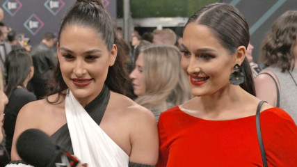 The Bella Twins and Nia Jax dazzle at the E! People's Choice Awards