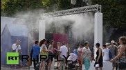 France: Parisians surge to fountains as heatwave hits French capital