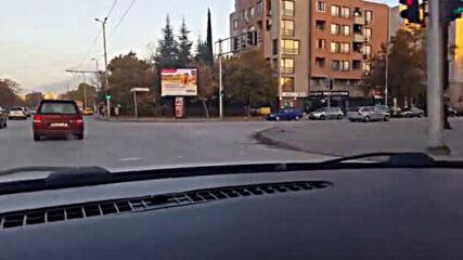 """""""Моята новина"""": Неправилно паркиране на булевард в Пловдив"""