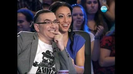 Момиче пада от сцената на X Factor България