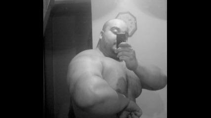 мотивация за спортисти,ето как загрява Нуни с големи и малки тежести ! ;)