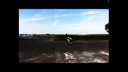 Stunt Racers - Адреналинът е голям