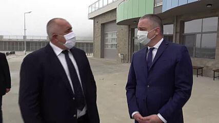"Бойко Борисов посети новото рибарско пристанище в кв. ""Аспарухово"" във Варна"