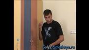 ! Goli I Smeshni - Секси мацка в мъжката съблекалня