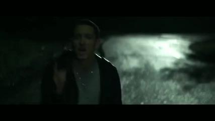 Най- Сетне С Видео !! Eminem - Space Bound * H Q *