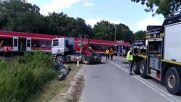 Poland: Eight injured as Berlin-bound train derails near border