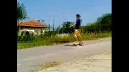 Идиот Пада Със Скейтборд - Rammstein - Mein Herz Brennt
