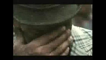 Смел Човек Стапва В Лава (реклама На Бира)