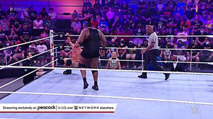 Roderick Strong vs. Odyssey Jones: WWE 205 Live, Oct. 15, 2021