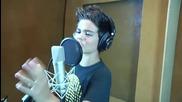 Ще зяпнете от това изпълнение!! Abraham Mateo (12 years old ) I surrender