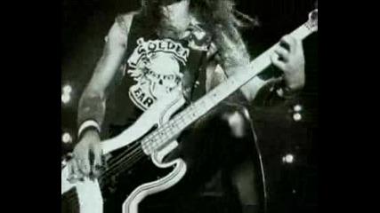 *превод* Iron Maiden - Fear of the dark