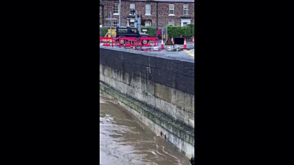 UK: Flooding hits North Yorkshire towns