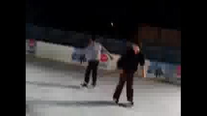 Моят Първи Път на Ледена пързалка... [трагедия]