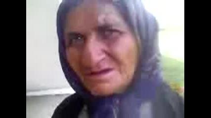 Бабичка се опитва да произнася сръбски думи (нема такъв смях)