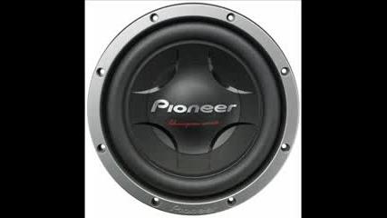 Bass Pioneer
