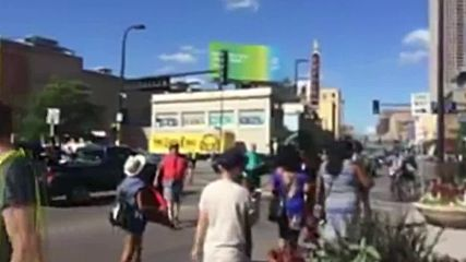 USA: Arrests dog Minneapolis rally against police shooting of Philando Castile