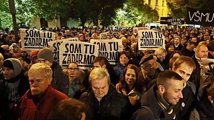 Slovakia: Velvet Revolution anniv. turns anti-govt. protest in Bratislava